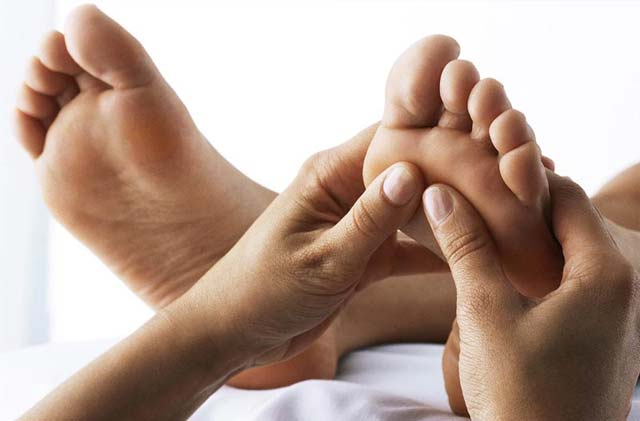 Feet and hands (1)